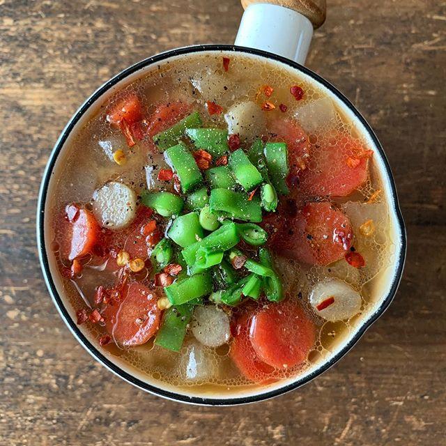 カレーに合う付け合わせ!根菜味噌スープ