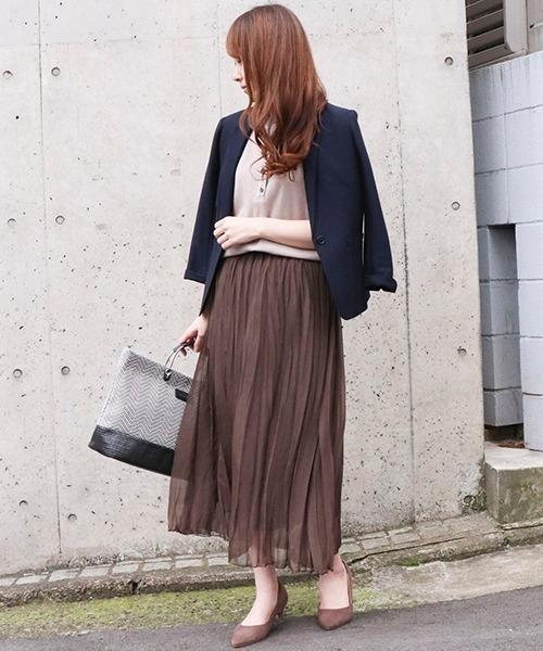 ジャケット×プリーツスカートの春コーデ