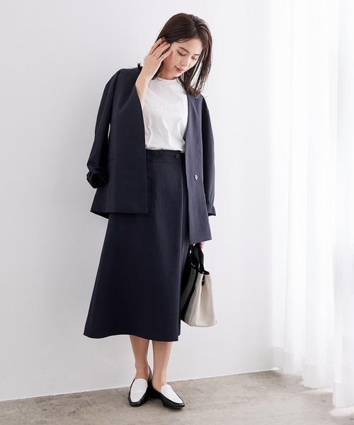リネンライクジャケット×フレアスカート