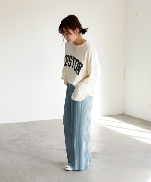 【11月下旬服装】ワイドパンツでゆるコーデ