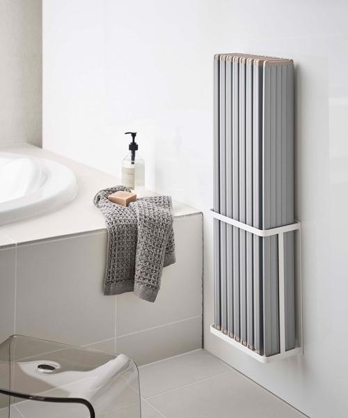 折りたたみ式の風呂蓋もすっきり収納
