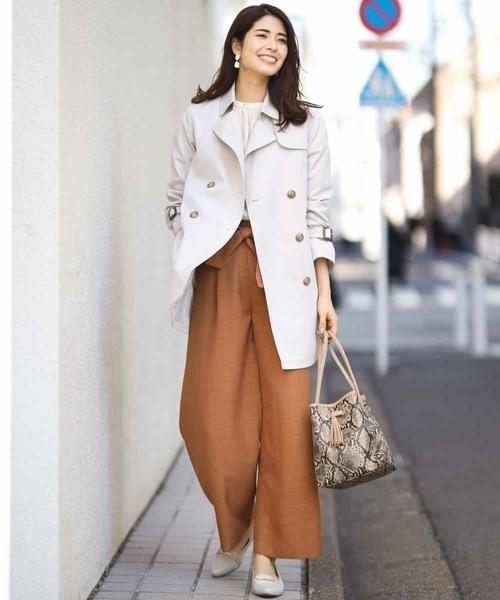 エレガントコートの服装