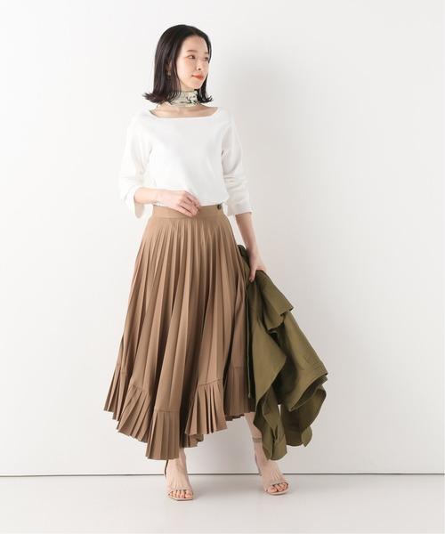 大人女性におすすめの茶色スカートコーデ