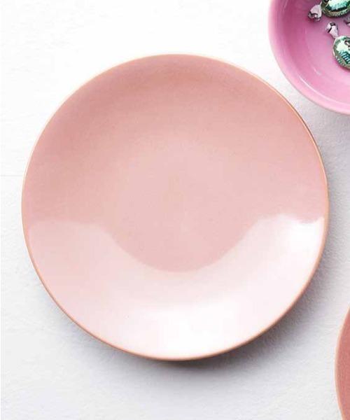 ピンクの華やかな大皿