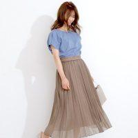 茶色プリーツスカートコーデ【2020最新】ワンランク上の大人ファッション♪