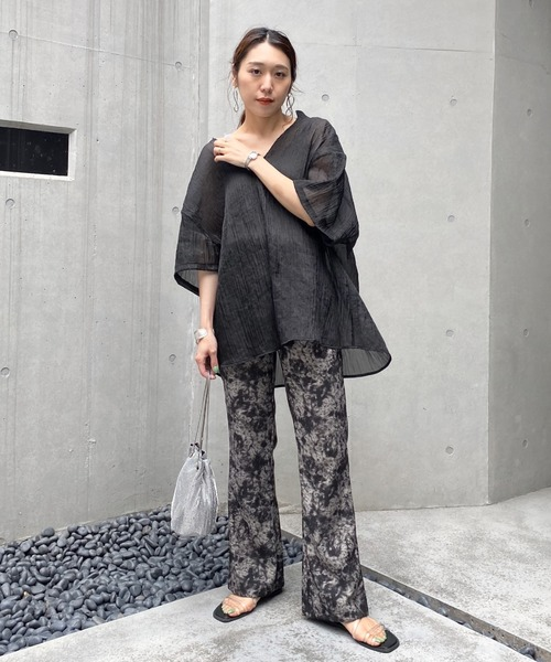 [WHO'S WHO gallery] シャイニーシアーブラウス