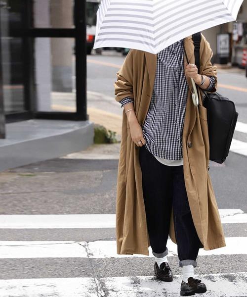 [antiqua] お洒落で快適、気分もアガル。憂鬱な雨の日を楽しみに変える。レインシューズ
