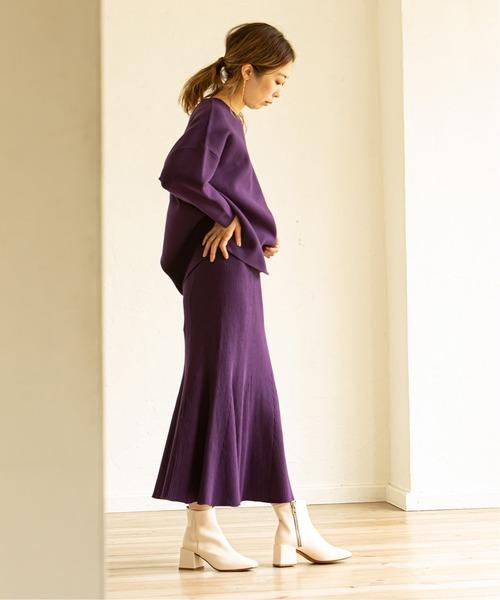 紫ニット×紫マーメイドスカートの秋コーデ