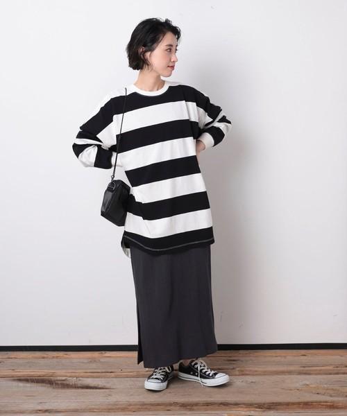 ワイドボーダーTシャツの服装