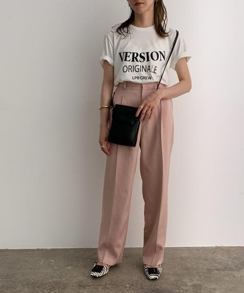 Tシャツ×スラックスのきれいめカジュアルコーデ