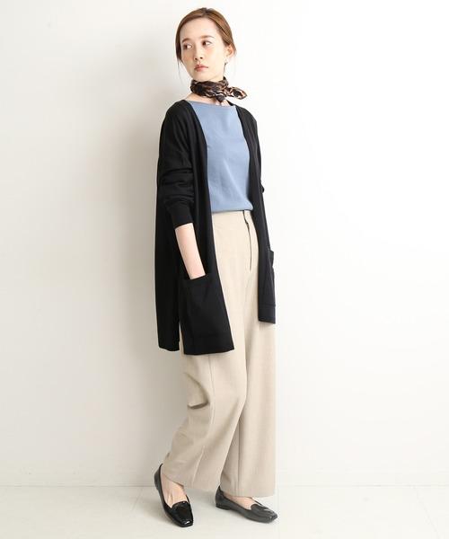 ルーズカーデ×パンツの忘年会ファッション