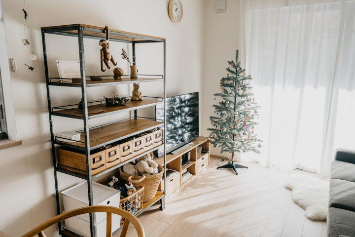 木とアイアン素材の棚