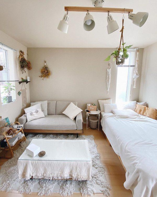 狭い可愛い部屋のアイデア 縦空間