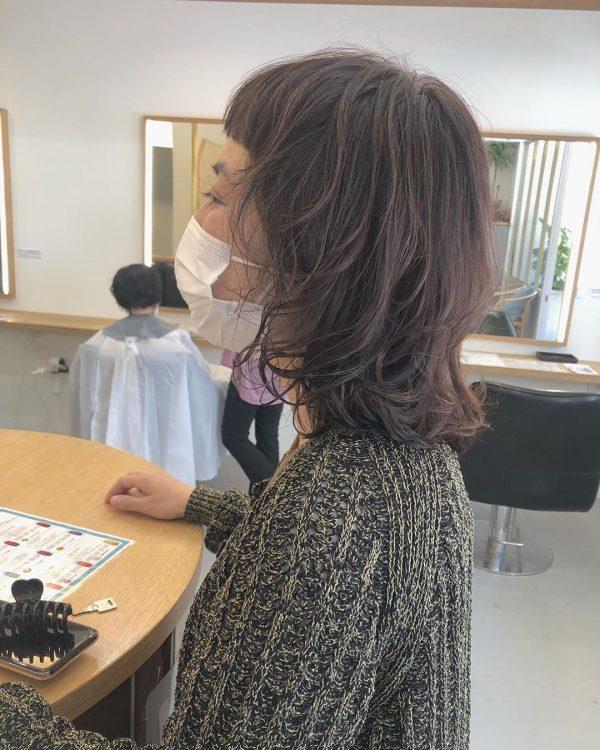 40代女性の髪型×パーマ【ミディアム】2