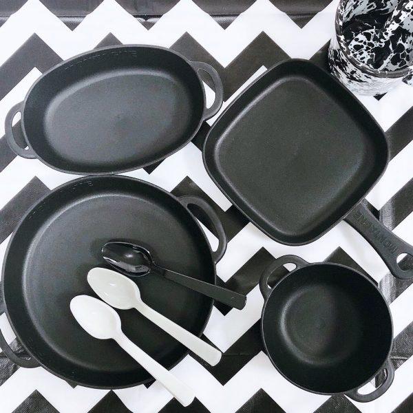 セリアの黒い食器でおすすめなプレート