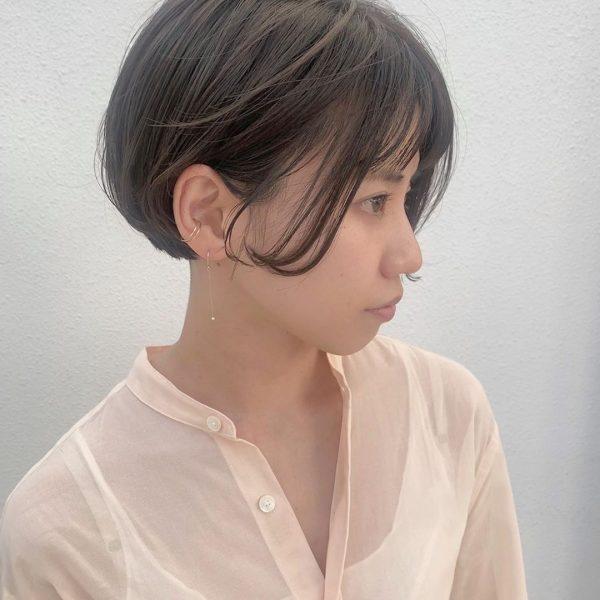 耳出しショートカットヘア【前髪あり】3