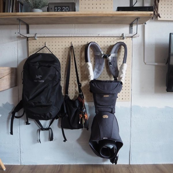 バッグや抱っこ紐の収納