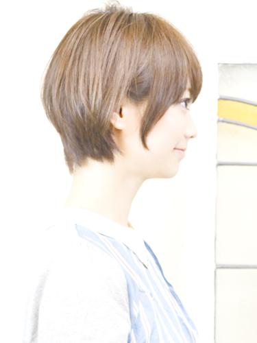 ミルクティーベージュの髪型【ショート・ショートボブ】3