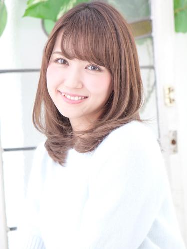 女子力アップの髪色×明るめ栗色ヘアカラー