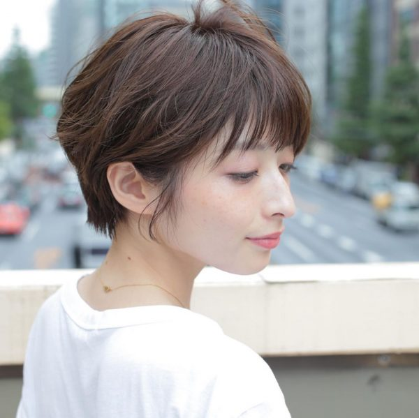 耳出しショートカットヘア【前髪あり】6