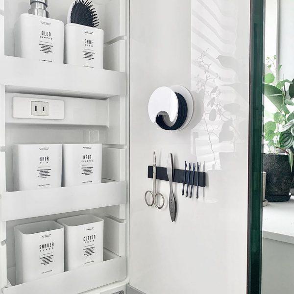 洗面所の扉裏を活用する
