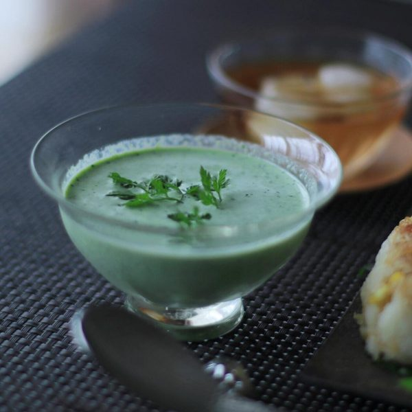 枝豆と小松菜の冷製スープ