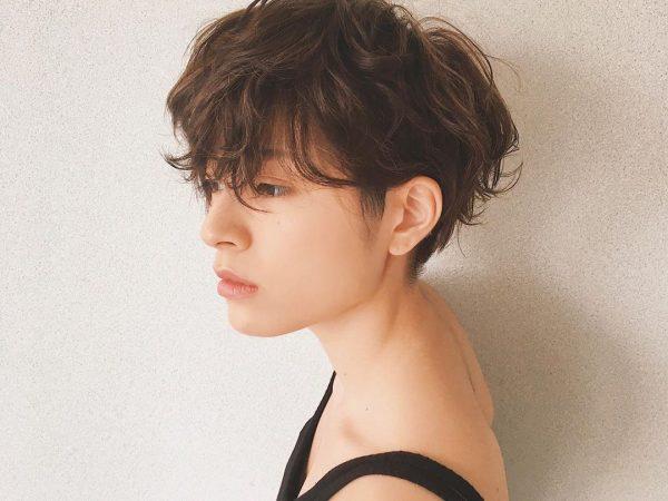 耳出しショートカットヘア【前髪あり】4