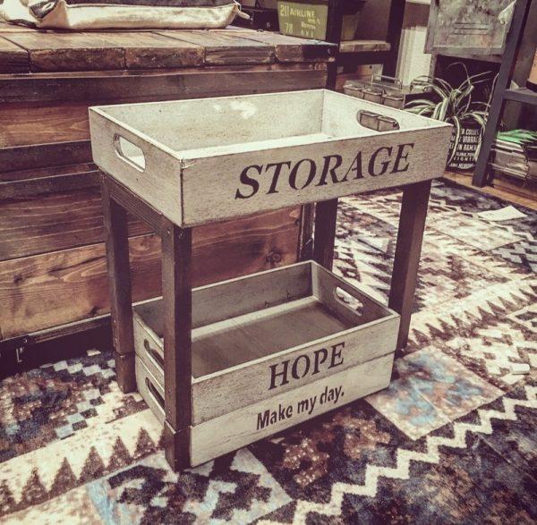 便利でおしゃれな収納棚