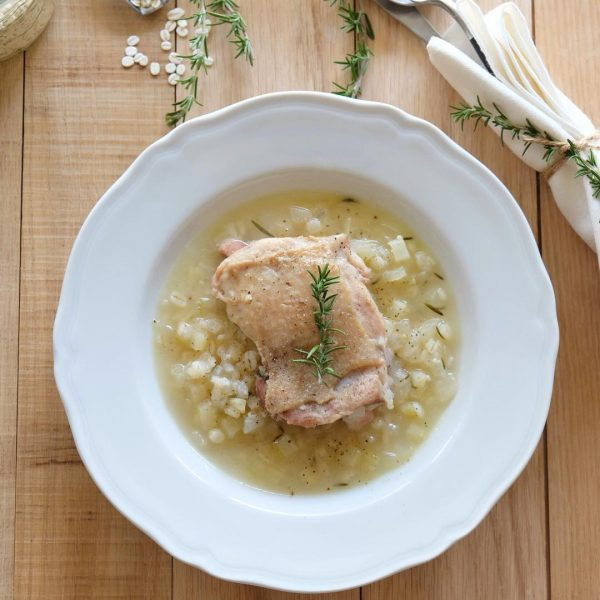 チキンとローズマリーの押麦スープ