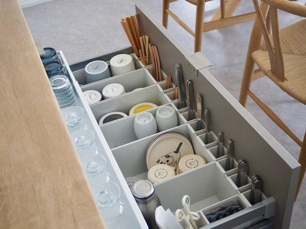 食器棚の引き出し収納《縦置きアイデア》6