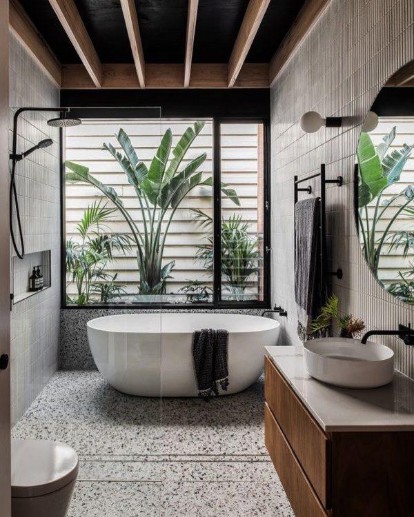 風水ではお風呂の鏡と合わせ鏡にしない