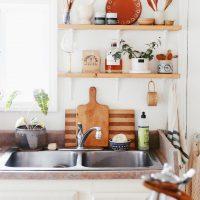 収納力をUPさせよう♪《キッチン背面のウォールシェルフ》収納&活用アイデア