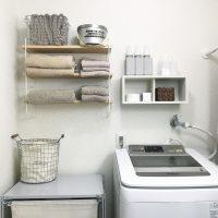 洗濯機周りの収納が少ないのが悩み。《棚》をつけて収納不足を解決!