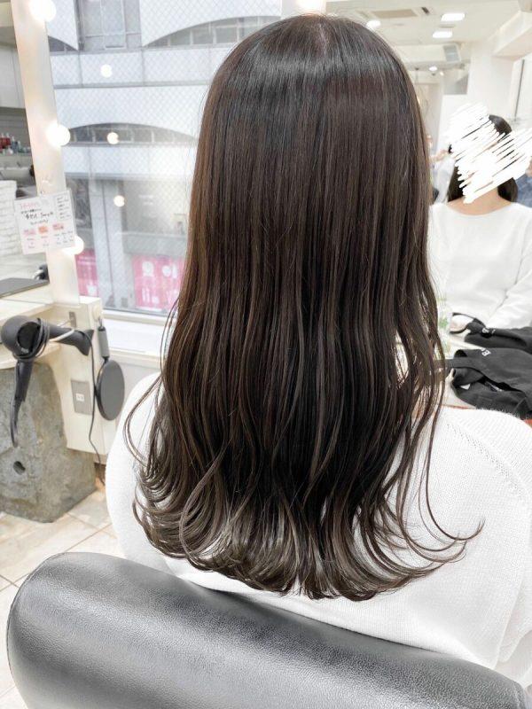 黒髪×ハイライトのスタイル《ロング》2
