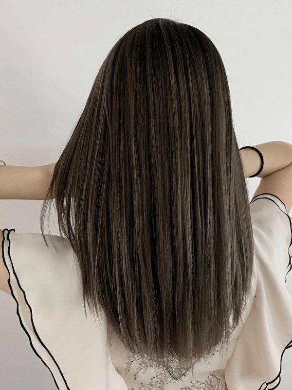 黒髪×ハイライトのスタイル《ロング》