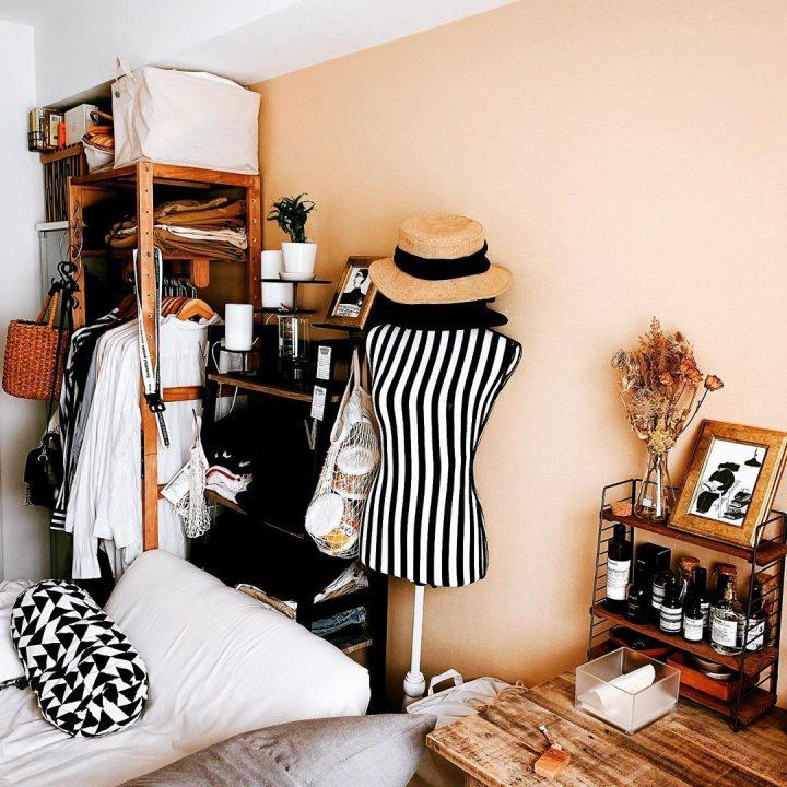 「木の家具」で揃え、リネンを白に模様替え3fvb