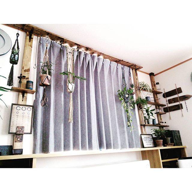 窓周辺を無駄なく使える簡単DIY収納棚