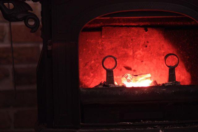 「炎」がモチーフの絵