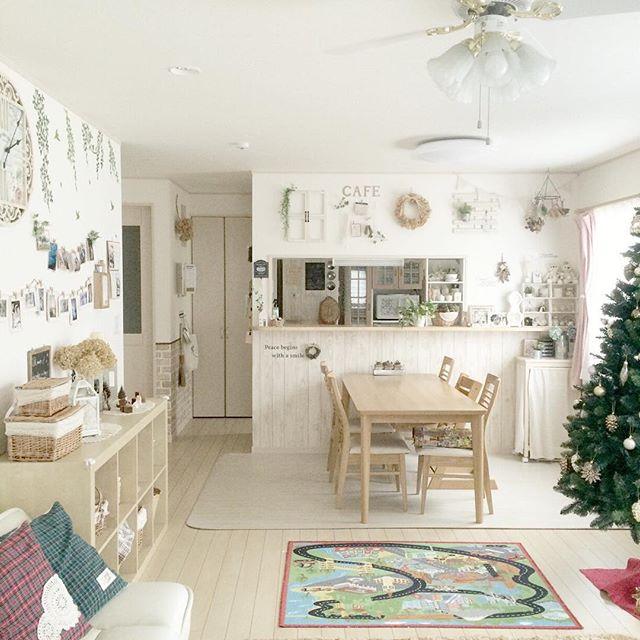 壁に100均で冬のおしゃれな飾りつけ①