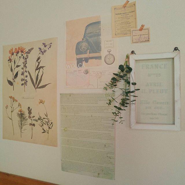 リビングの壁の飾り付けアイデア《フレーム》4