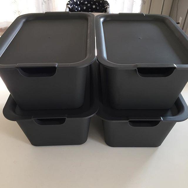 シンプルなキャンドゥの収納ボックス