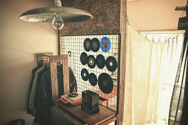 レコードを飾るおしゃれなアイデア【壁】