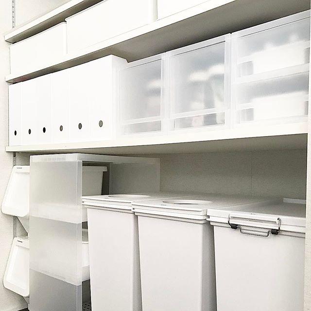 キッチンの背面収納を無印で統一
