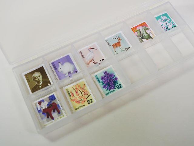 無印PPケースに切手を収納