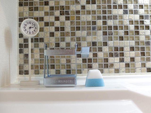洗面台上がすっきりする掃除道具収納3
