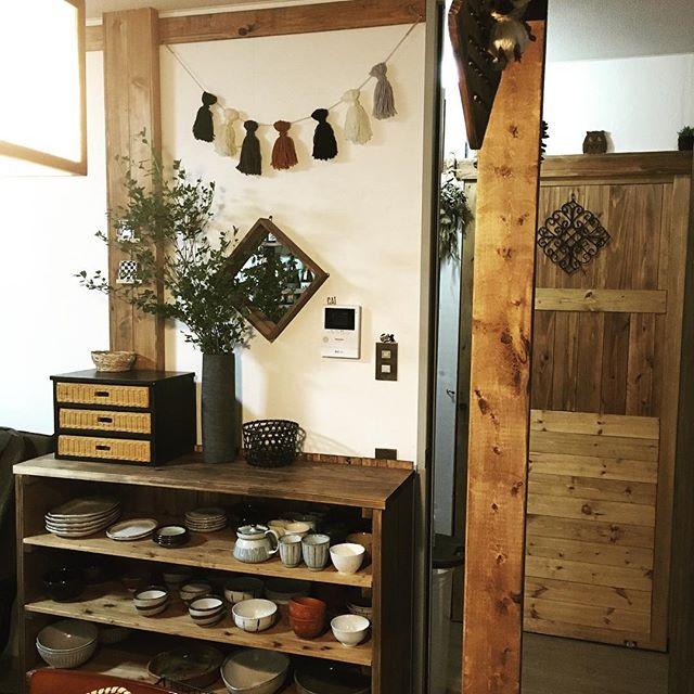 ロータイプの簡単DIY食器棚のキッチン収納