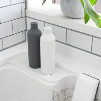 キッチンシンクをシンプルに♪シリコン製の「食器用洗剤ボトル」