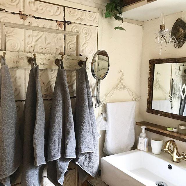 洗面台上がすっきりするタオル収納アイデア2