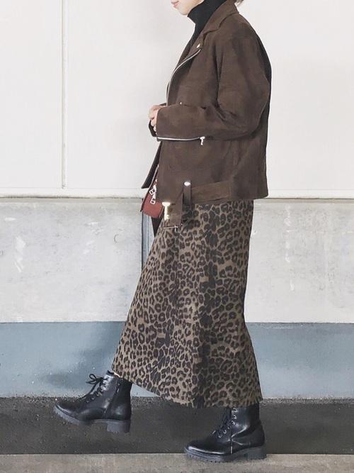 茶色ライダースコーデ《スカート》3
