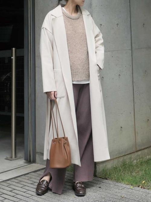 大人に合う冬の茶色ローファーコーデ《羽織もの有り》2